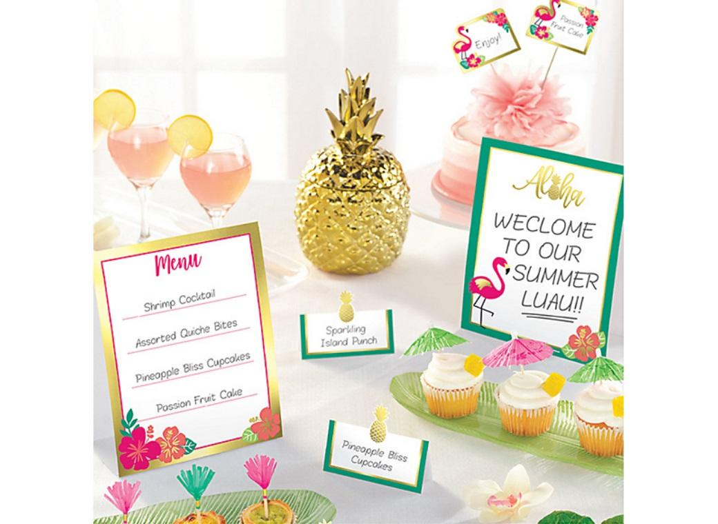 You Had Me at Aloha Buffet Decorating Kit