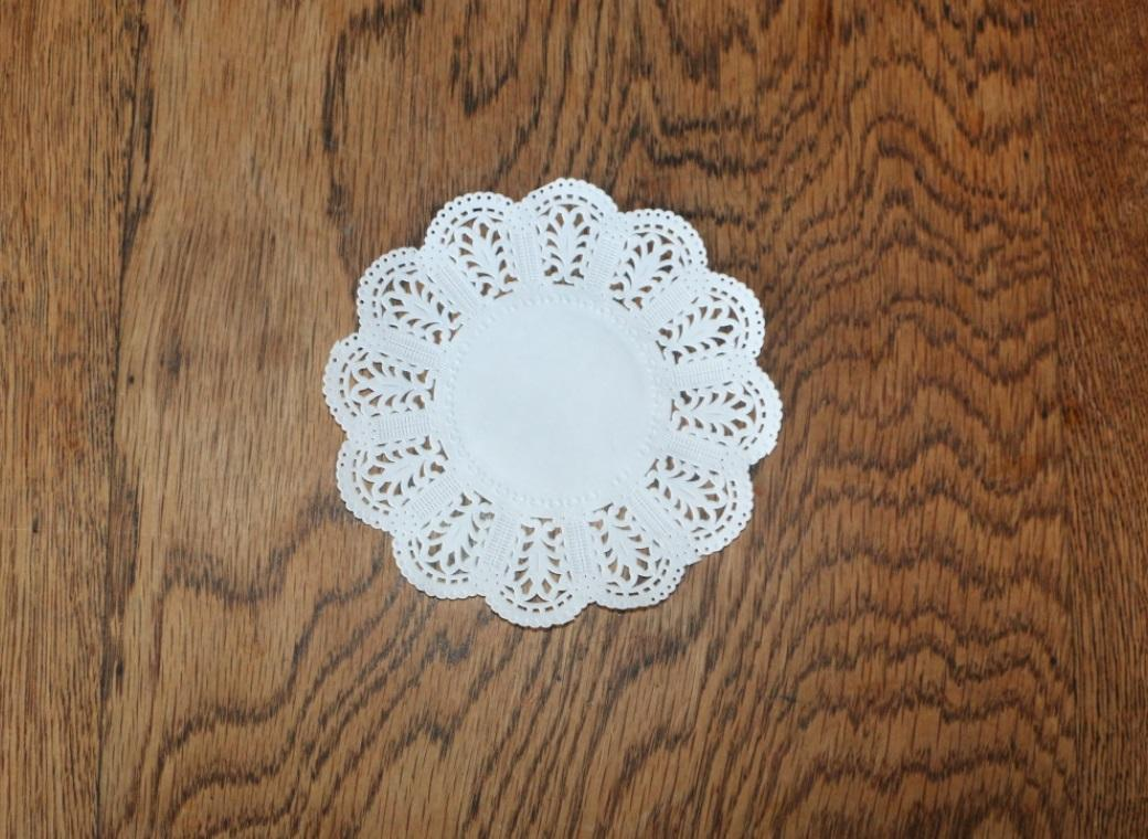 White Doilies - 126mm - 25 Pk