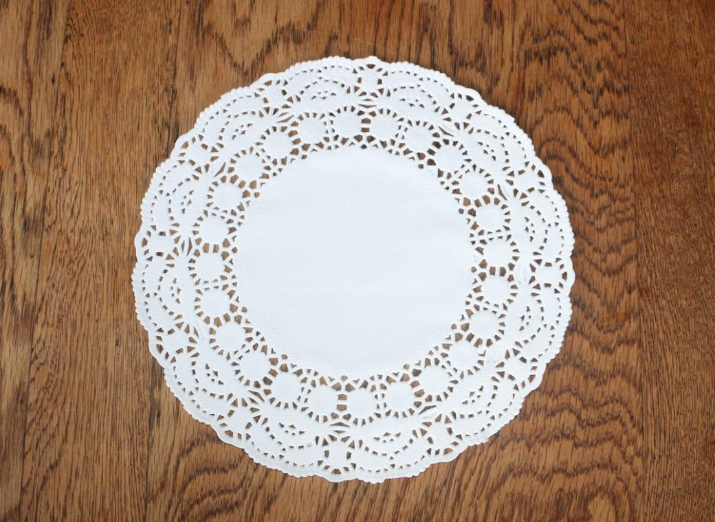 White Doilies - 240mm - 25 Pack