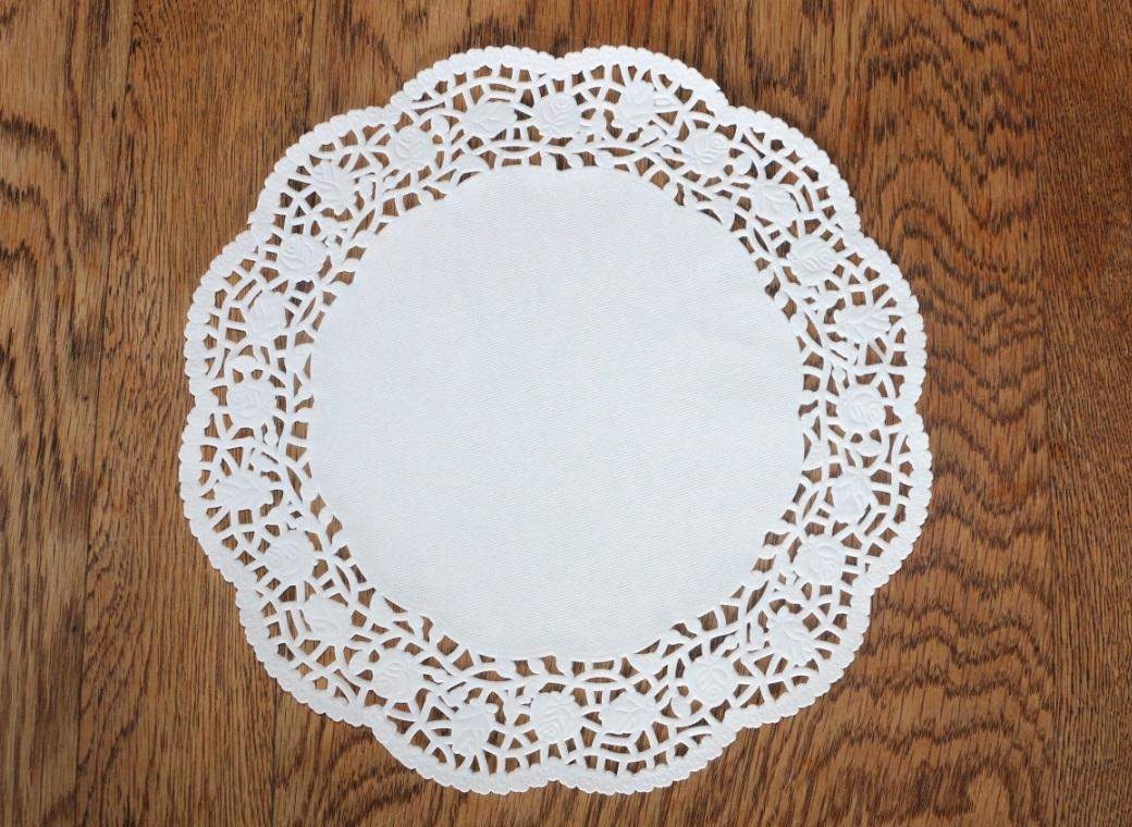 White Doilies - 267mm - 25 Pack
