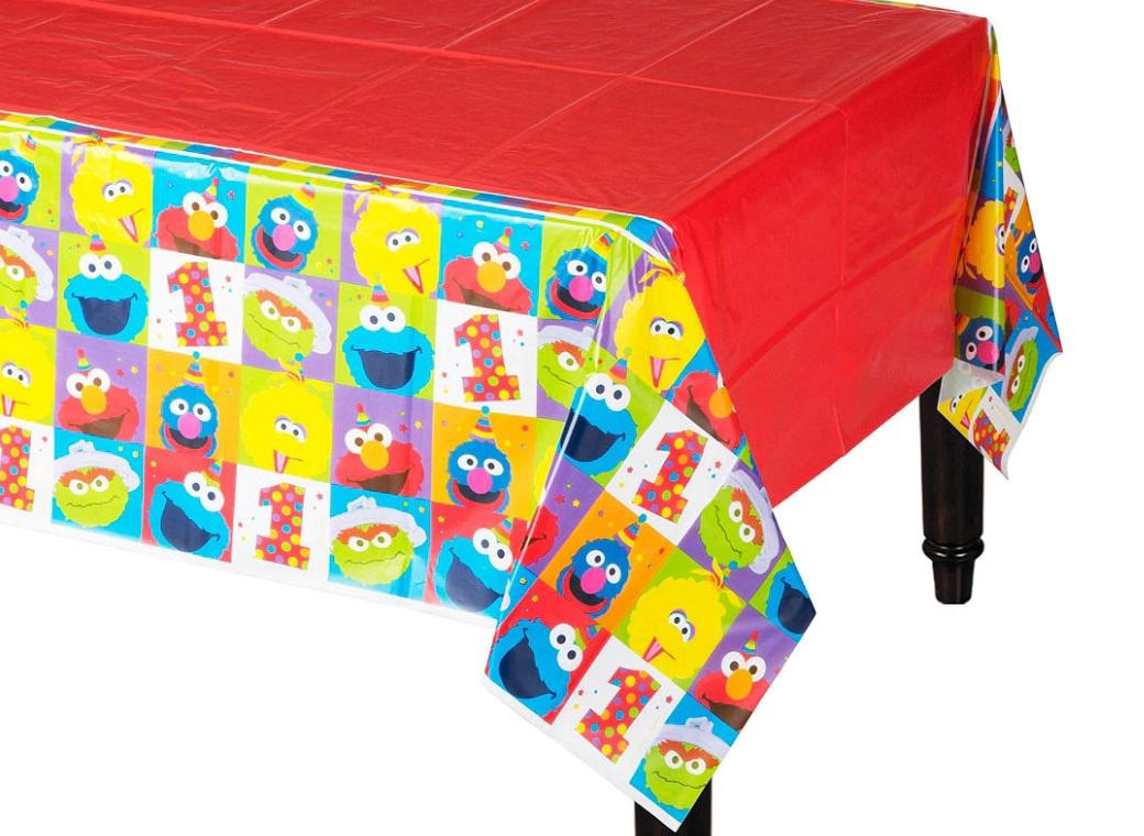 Elmo Turns One Tablecover