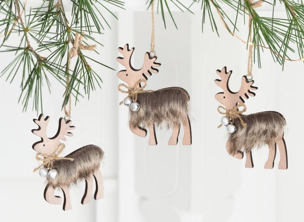 Folk Hanging Reindeer Ornament with Fur