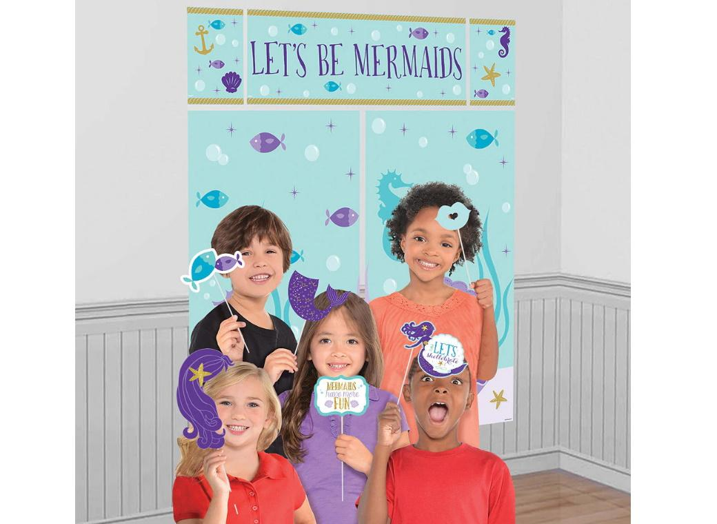 Mermaid Wishes Scene Setter with Photo Props
