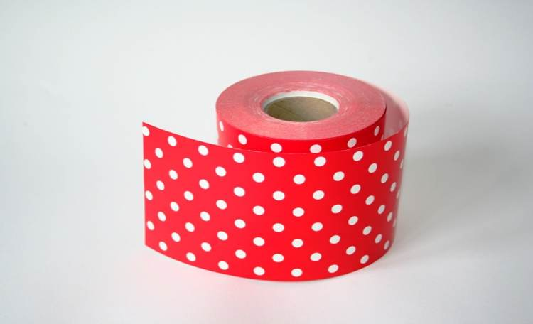 Red Polka Dot – Mini Table Runner