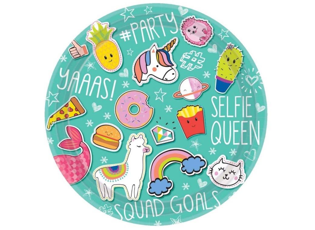 Selfie Celebration Dinner Plates 8pk