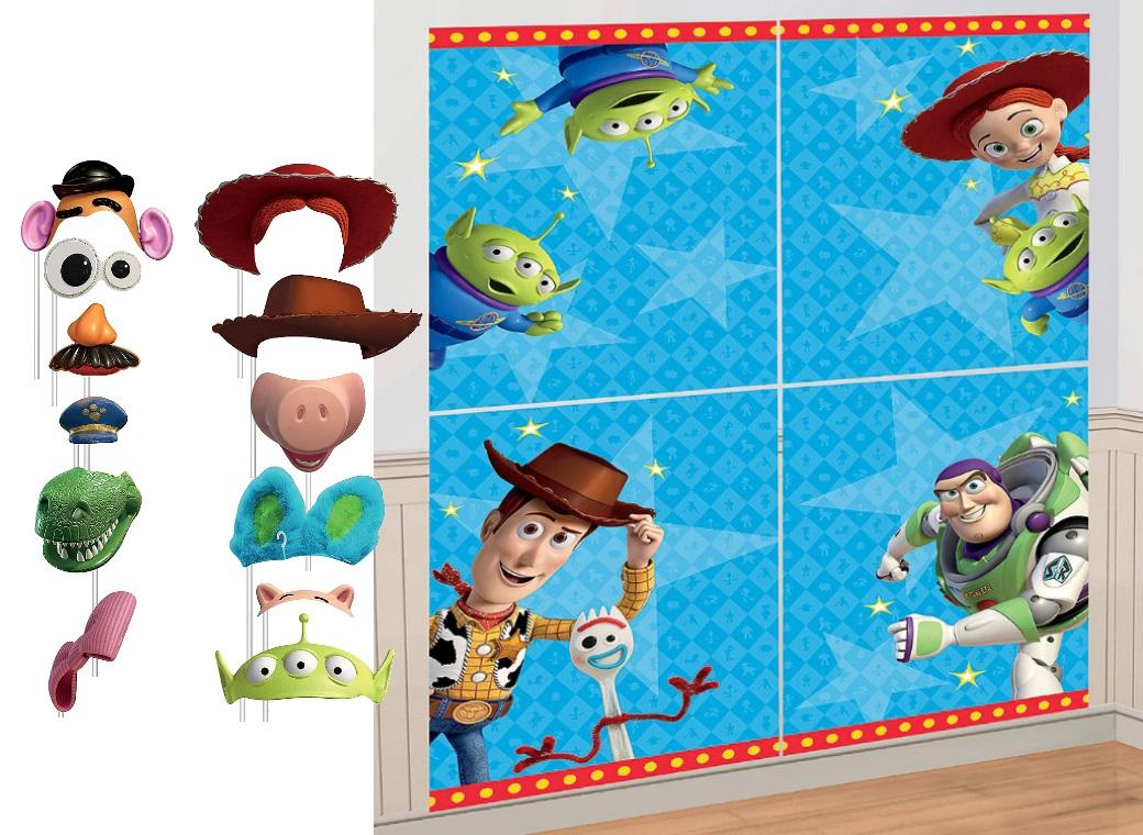 Toy Story Scene Setter with Photo Props