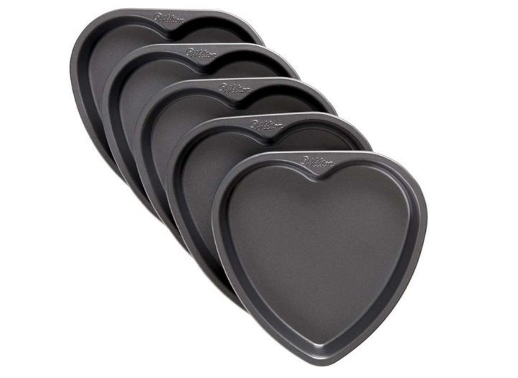 Wilton Easy Layers 5 Layer Cake Pan Set - Hearts